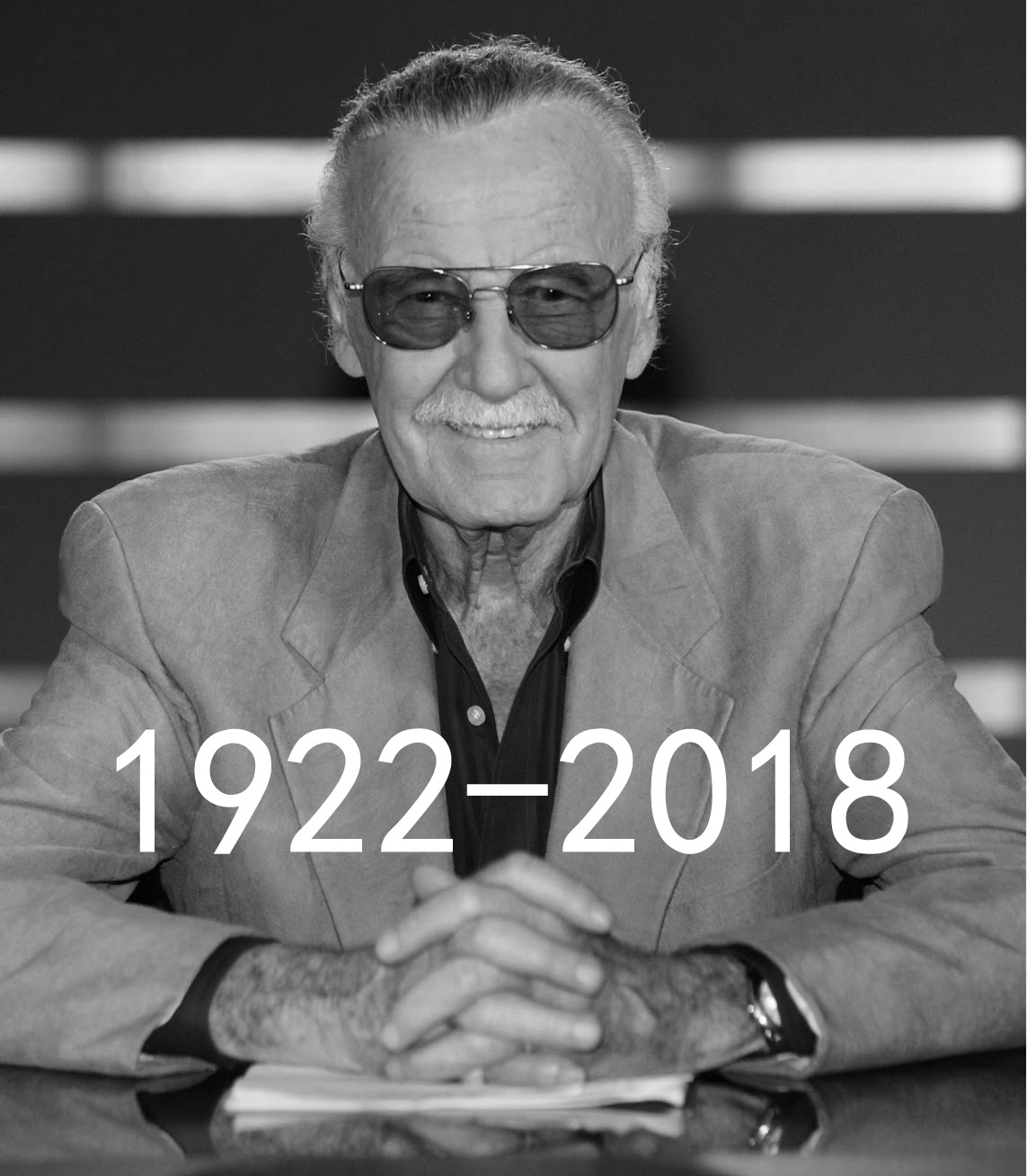 父�y�,y��y�-z)�bi_漫威之父斯坦李病逝,享年95岁,复联4或成老爷子银幕最后一作
