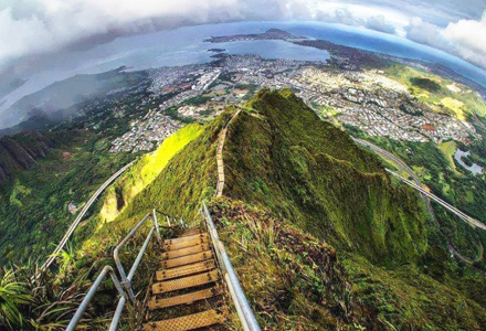 """15个一定要去一次的史诗级世界奇景 第7张""""通往天堂的楼梯""""光看了就腿软"""