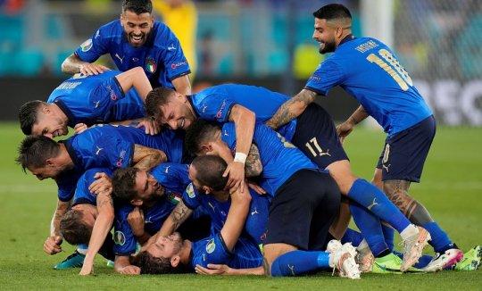 prediksi-skor-italia-vs-spanyol-di-semifinal-piala-eropa-2020-fJekwY95UE.jpg