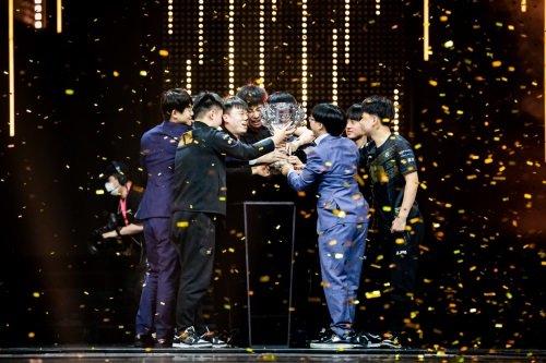 2021LPL春季赛总决赛圆满落幕 RNG于武汉再登春季之巅