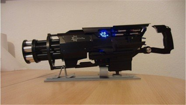 拥有火力之王美称的武器——加特林_17173穿越火线cf图片