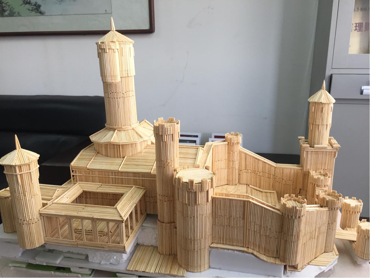 魔兽玩家纯手工作品:用牙签和筷子打造暴风城要塞