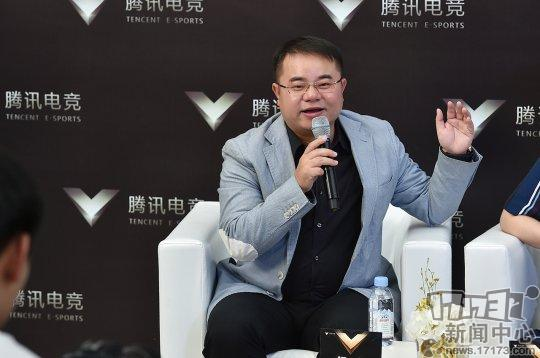 腾讯互动娱乐市场部副总经理侯淼 接受群访.jpg