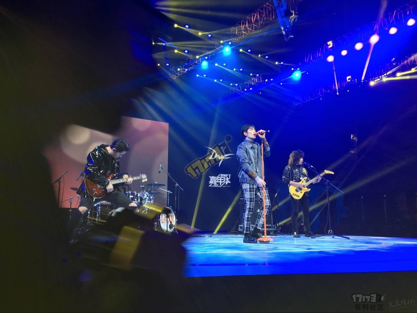 QQ图片20171125194439.jpg